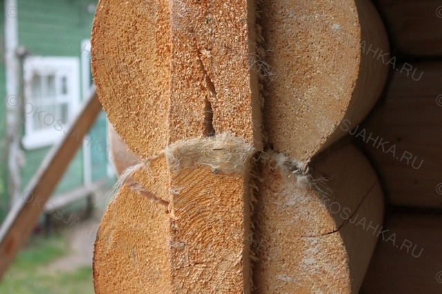 Бревно сохнет не только сужается но и расширяется на трещинах